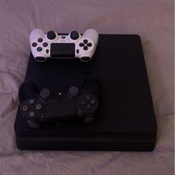 Ps4 Pro for Sale in Indio,  CA