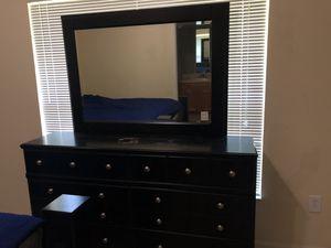 Bedroom set for Sale in Palm Harbor, FL