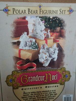 Grandeur Noel Polar bear collection for Sale in Columbia, MO