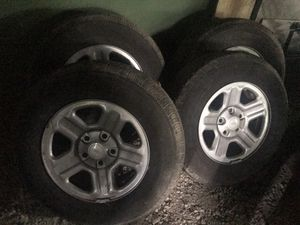 225/75/16 tires for sale for Sale in West Chicago, IL
