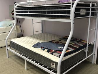 In Stock! Kids Twin Over Full Metal Bunk Bed $159! Availavle In Black, White, & Red! Add Twin Mattress $99! Standard Full Mattress $129! for Sale in Vancouver,  WA