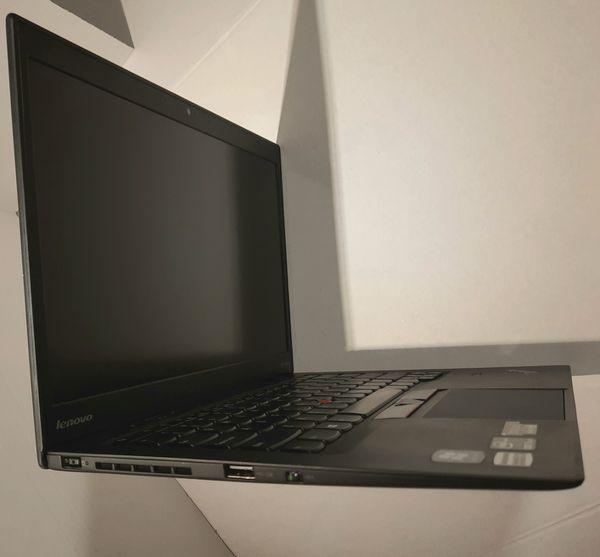 "Legendary Lenovo X1 Carbon ThinkPad 14"" Laptop Core i5 4GB RAM 128gb SSD Windows 10 pro"