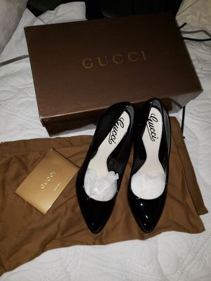 Gucci shoes Black 35.5 5.5 Brand New with box100% authentic pumps patent leather for Sale in Santa Monica, CA
