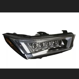 PERFECT!! 2017 2018 ACURA MDX RIGHT SIDE LED HEADLIGHT 17 18 for Sale in Tampa, FL