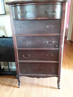 Antique chest dresser for Sale in Azusa, CA