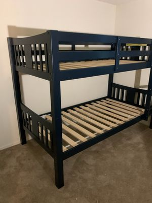 Twin /twin solid wood bunk bed for Sale in Garden Grove, CA