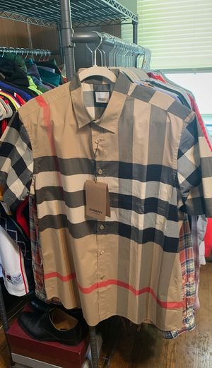 100% real Burberry checkered 2XL(fits like XL) T-shirt button up new with tags for Sale in West New York, NJ