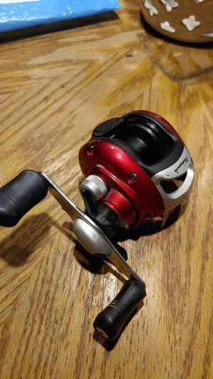 Alpha Shakespeare Baitcaster Fishing Reel for Sale in Chardon, OH