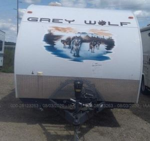 2013 grey wolf travel trailer in Victorville Ca for Sale in Jurupa Valley, CA