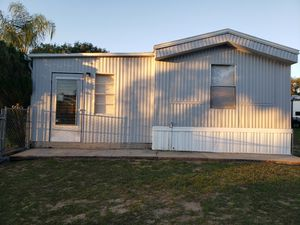 Mobile home with land for Sale in Lake Wales, FL