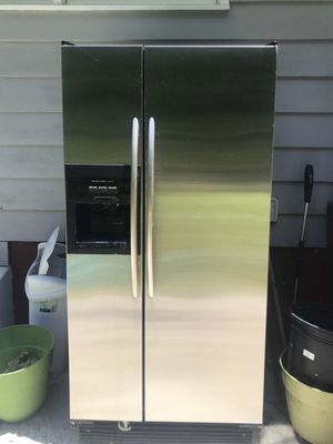 Kitchen aid refrigerator for Sale in South Brunswick Township, NJ