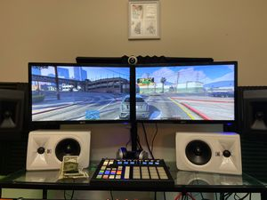 Dual Monitor Set Up (With Stand)!!!! for Sale in Glyndon, MD