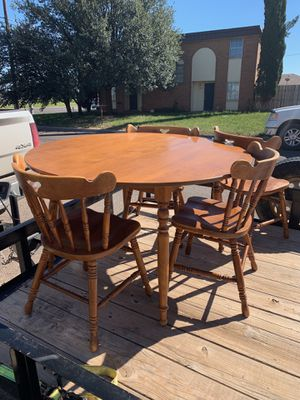 Table and four chairs for Sale in Tuscola, TX