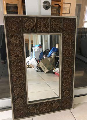 Decorative wall mirror for Sale in Sunrise, FL