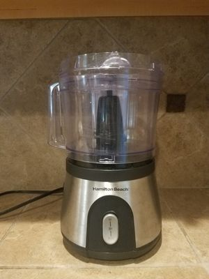 Food processor please serious buyers only price firm send message when you ready to pick up please for Sale in Tacoma, WA
