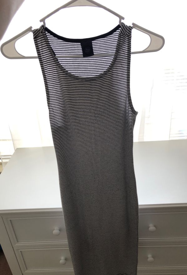 Striped white and black dress size S