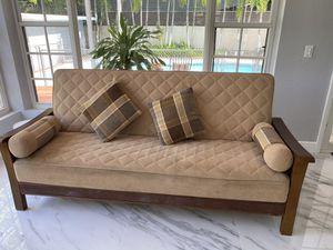 Futton Queen size bed for Sale in Miami, FL