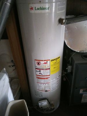 New hot water heater 40 gallon for Sale in Detroit, MI