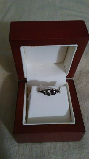 Black silver plated rose ring. Size 7 for Sale in Richardson, TX