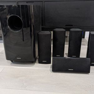 Onkyo 5.1 Surround Sound Speakers for Sale in San Diego, CA