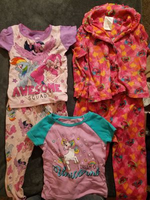 Lot of 3T Childrens Clothes (Girl) for Sale in Evansville, IN