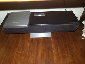 ABX-100 iOnly Play Speaker Dock for iPod and iPhonefromOnkyo for Sale in Long Beach, CA