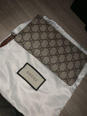 Gucci Women's Wallet for Sale in Glendale, CA