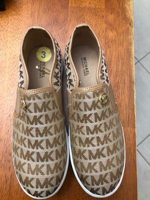 Michael Kors. Sneakers. Size 3. $45 for Sale in Hialeah Gardens, FL