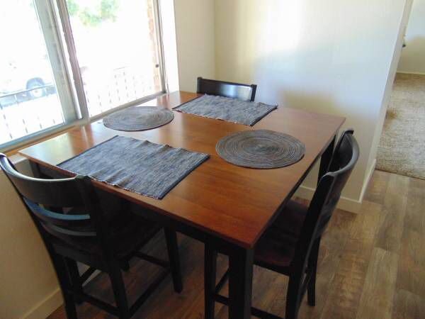 Hd Campbell Gathering Dinning Table Set 220 For Sale In Portland Or Offerup