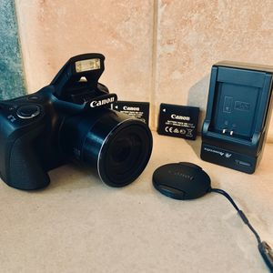 Canon PowerShot 20.MP 40X Zoom Digital Camera + Extras for Sale in Queens, NY