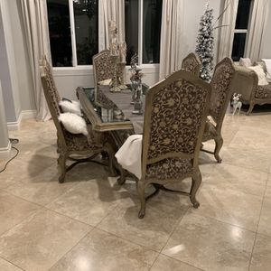 Dining Table for Sale in El Cajon, CA