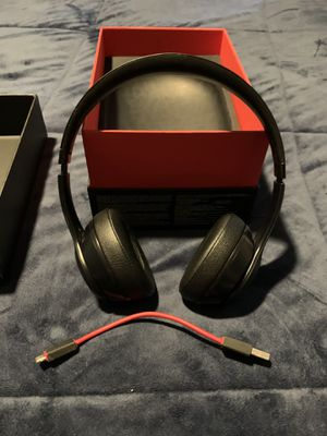 Beats solo3 wireless, black for Sale in Byrnes Mill, MO