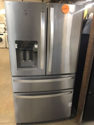 Whirlpool stainless steel 4 door refrigerator. for Sale in Columbus, OH