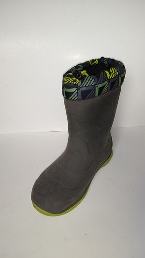Kid's Insulated Rain / Snow Rubber Boots Size 1 for Sale in Bremerton, WA