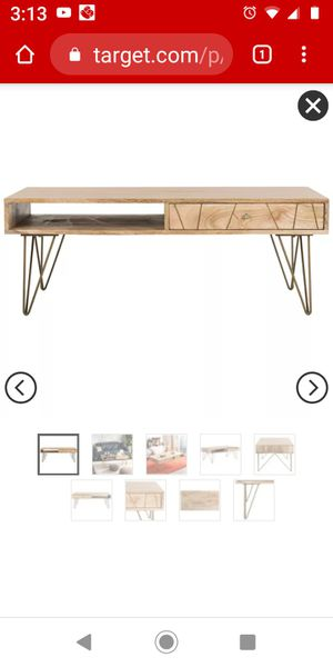 Safavieh marigold coffee table for Sale in Southaven, MS