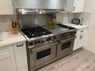 """Wolf 60"""" Gas Stove Double Chargrill. Awesome Condition for Sale in Upland,  CA"""