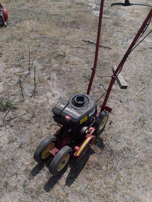 Trailmate Sprint gas edger/ trimmer 3.75 hp for Sale in Elizabeth, CO