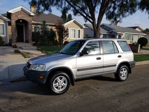Selling my 1998 Honda CRV all original runs great for Sale in Lakewood, CA