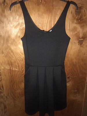 Black dress size xs for Sale in Glendale, WI