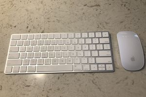 Apple Magic Keyboard and Mouse for Sale in Denver, CO
