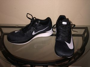 New Nike zoom fly men's running shoes size 9.5 no box for Sale in Hillsboro, OR