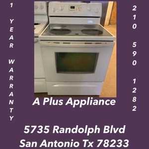 Whirlpool Glass Top Stove 1 Year Warranty for Sale in San Antonio, TX