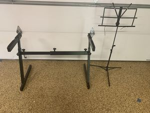 Roland Z Style Keyboard Stand With Sheet Music Stand for Sale in Homer Glen, IL