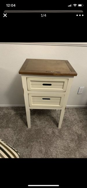 Nightstand side table shabby chic for Sale in Menifee, CA