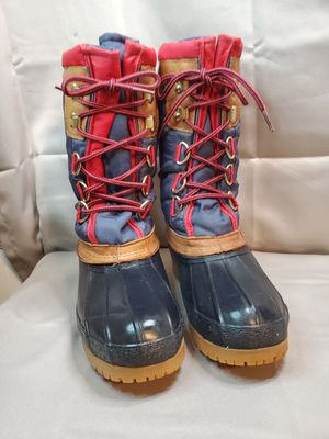 Eddie bauer women's snow boots for Sale in Richmond, VA