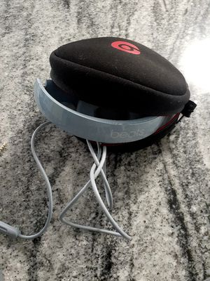 Beats solo 2 for Sale in Orlando, FL