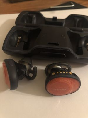 Bose SoundSport Free, True Wireless Sport Headphones, (Sweatproof Bluetooth Headphones for Workouts), Bright Orange for Sale in Baltimore, MD