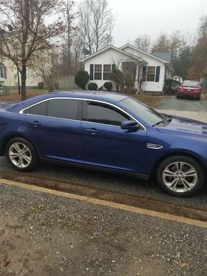 2013 ford taurus sel 10500 20 percent tint for Sale in Indian Head, MD