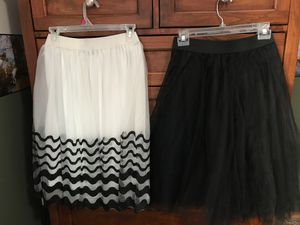 Flouncy Tulle Skirts Women's Size S for Sale in Chehalis, WA