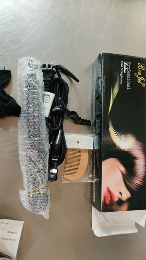 professional hair straightener for Sale in Tampa, FL